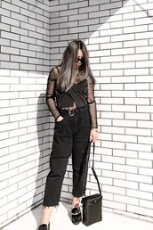 jeans,wide-leg pants,black jeans,sunglasses,black bag,black belt