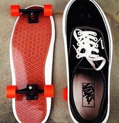 shoes,vans,black,clothes,sneakers,wheels,roller skates,skates,summer sports,skate board,skateboard,nike sb,team edition 2 sb,vans patines,vans of the wall,black sneakers
