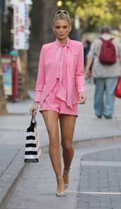 shorts,blouse,sandals,pink,annalynne mccord,streetstyle,spring outfits,blazer