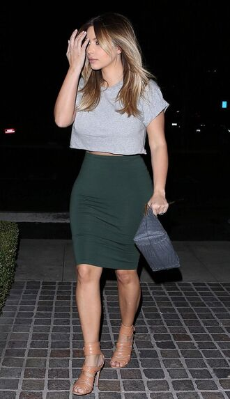 skirt shoes hair style fashion love celebrity outfit gorgeous girl television heels make-up perfect crop tops kim kardashian keeping up with the kardashians