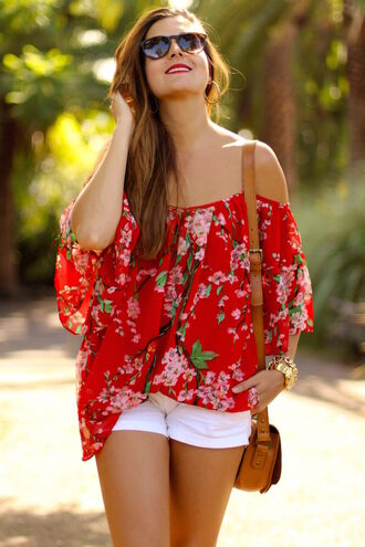 marilyn's closet blog blogger off the shoulder top floral top red top