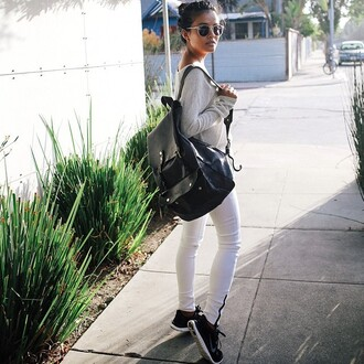bag tumblr back to school backpack black backpack sweater nude sweater jeans white jeans sneakers black sneakers nike nike shoes sunglasses fall outfits
