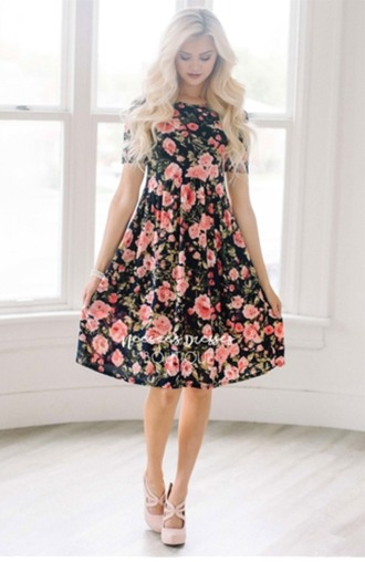 dress floral floral dress heels blonde hair curly hair pretty