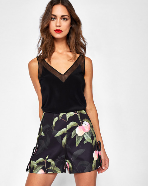 Ted Baker shorts bow shorts bow black peach