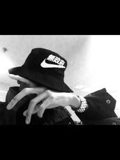 hat,black,nike,fashion,bucket hat