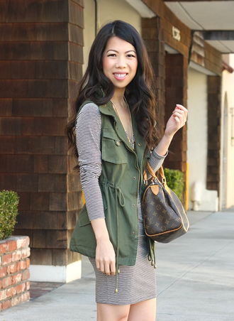 jacket grey striped dress green vest blogger louis vuitton bag