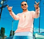sweater,pink,maluma,zipper sleeves,menswear,sweatshirt