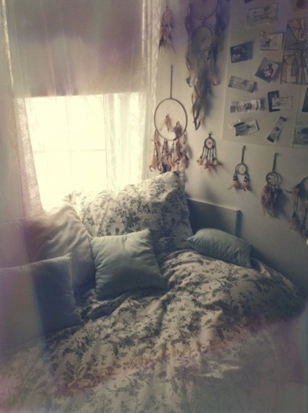 Home accessory bedding home decor beds indie grunge for Decoration chambre hippie