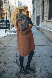 barefoot blonde,blogger,hairstyles,hair/makeup inspo,winter coat,grey scarf,winter outfits,coat,sweater,sunglasses,top,scarf,shoes,pants,make-up,shirt,socks,camel fluffy coat,black,autumn boots