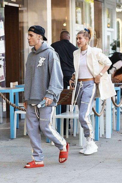 pants hailey baldwin celebrity athleisure sweatpants grey top crop tops justin bieber blazer