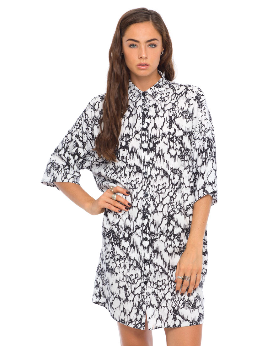 Motel stella shirt dress in feline black and white