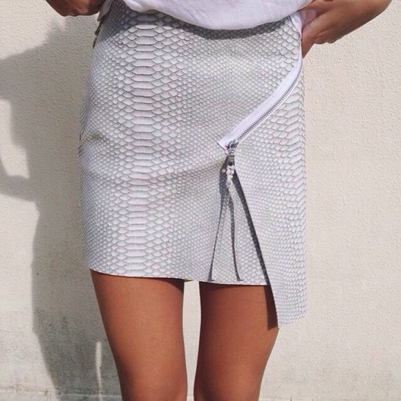 skirt snake print light gray skirt grey reptile print grey zip white snake print pastel
