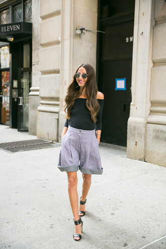 something navy blogger top shorts jewels shoes make-up sunglasses