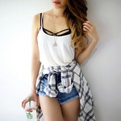 top,black,bandeau,crop tops,bandeau bra,bandeau top,black crop top,bralette,blouse,underwear,white,tank top,jewels,shorts,denim,summer,swimwear,girl,starbucks coffee,shirt,t-shirt,brandy melville jeanne bralette,triangle eye neclace,white blouse,flannel shirt,flannel,high wasted jean shorts,necklace,muscle tee,oversized muscle tank,womans muscle tank,ripped shorts,white top,make-up,black and white
