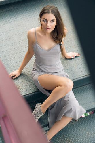 the maslova blogger python grey dress