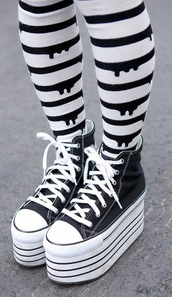 pants,tight,pastel goth,cute,kawaii,converse,platform shoes,shoes,underwear,halloween,leggings,socks,black,drip,dripping,tights,pastel,black and white