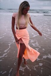 skirt,peach,beach,short,long,cute,girly,top,crop tops,short sleeve,summer,dress,two-piece,pink,white lace skirt & top,twopeice,maxi skirt,coral,shirt,rose,crochet,crochet crop top