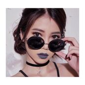 sunglasses,sunglsses,round,metal,grunge,youtube,sichenmakeholic,black,round sunglasses,black sunglasses,jewels,jewelry,necklace,grunge jewelry,choker necklace,black choker