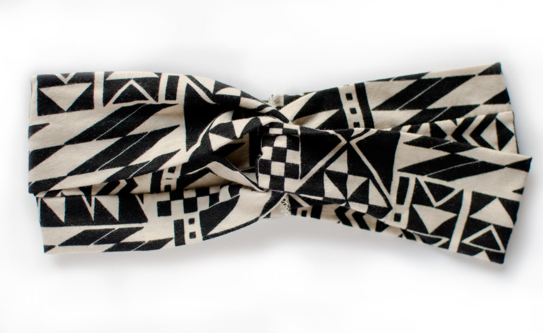 Graphic tribal black and ivory twist turban headband