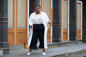 andigetdressed blogger pants sunglasses bag curvy ruffle pants white coat spring outfits