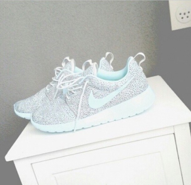 new product 2af76 46194 shoes nike roshe run baby blue polka dots grey sneakers running shoes nike  running shoes
