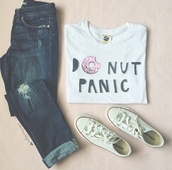 t-shirt,donut,donut panic,white,pink,black,blouse,shirt,top,white top,white shirt,do nut care,donut care,do nut panic,donut top,donut shirt,jeans,white t-shirt