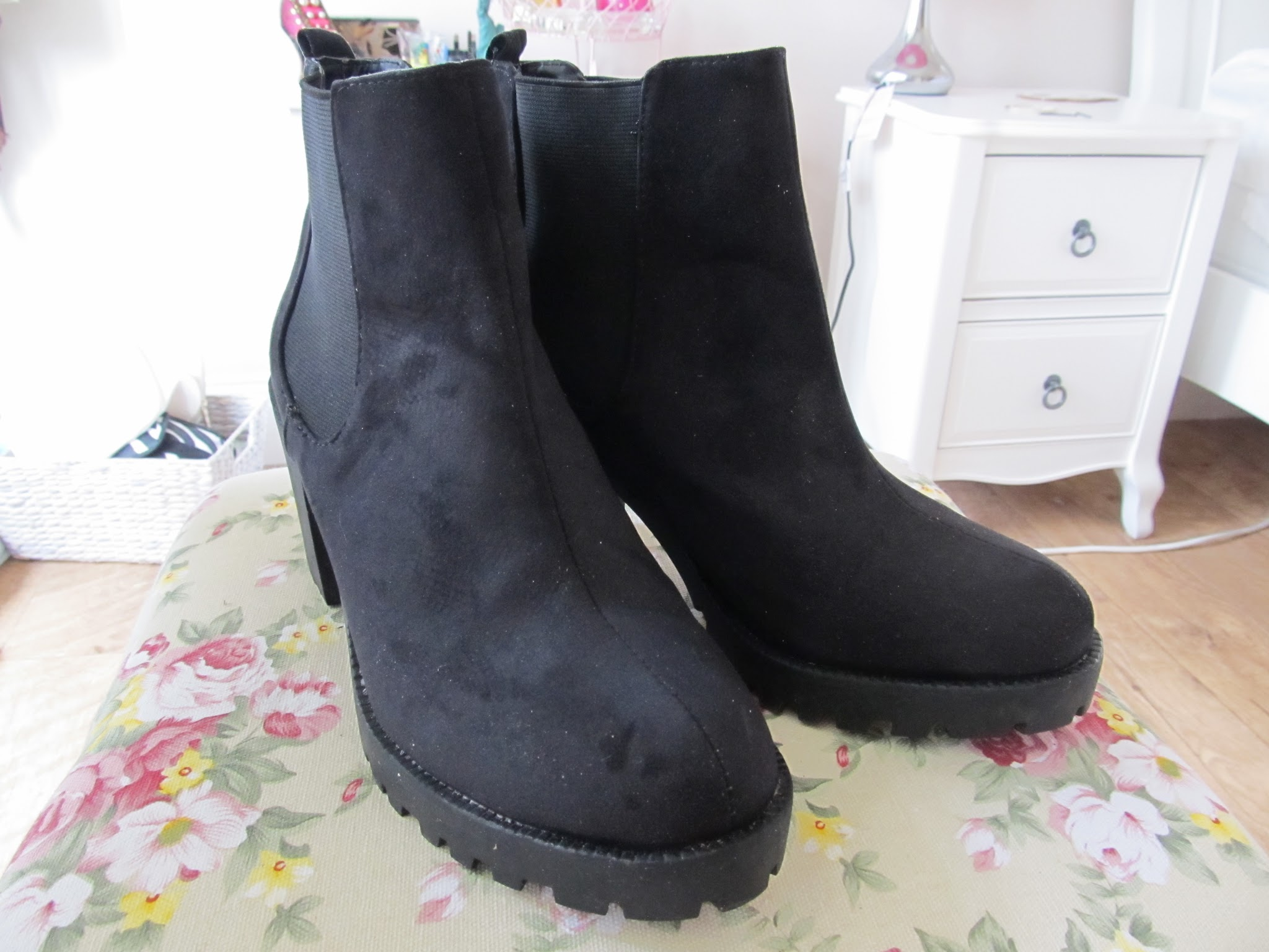 xolucy: Favourite Primark Boots