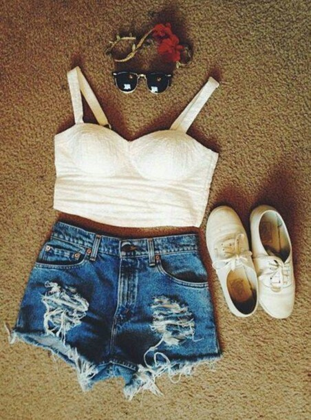 tank top shorts shoes