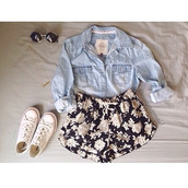 shorts,shirt,flowered shorts,floral outfit,denim jacket,jeans,sunglasses,converse,white converse,denim shirt,jacket