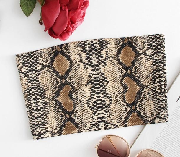 top girly bandana print bandeau bandeau top bandeau bra crop tops crop cropped snake snake print snake skin