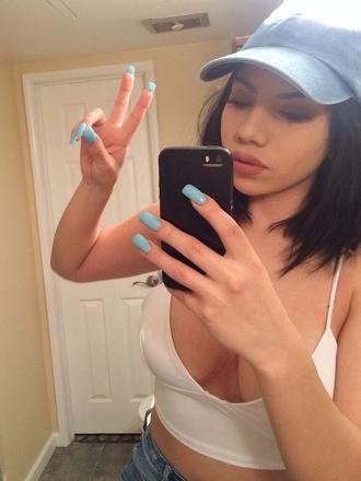 tank top blue baby blue light blue hat cap white white top