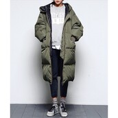 coat,khaki,bomber jacket,jacket,army green jacket,puffa coat,khaki bomber jacket,puffercoat,winter coat,winter outfits,long coat,long jacket,winter jacket