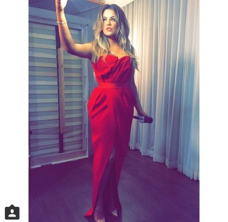 dress khloe kardashian slit long sleeves red dress bustier dress red carpet dress oscars 2015