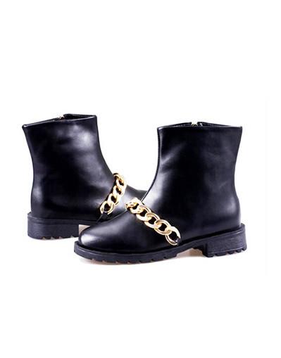 Blogger fashion elegant trend chic shoes