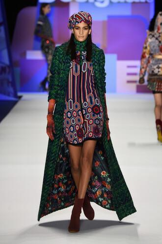 coat dress colorful hat runway model fashion week 2016 ny fashion week 2016