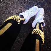 pants,gold,black,leggings,spikes,tights,stripes,nike,nike air,studs,shoes,jeans