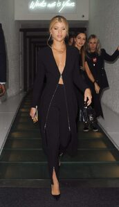 coat,dress,all black everything,sofia richie,model off-duty,pants,fall outfits
