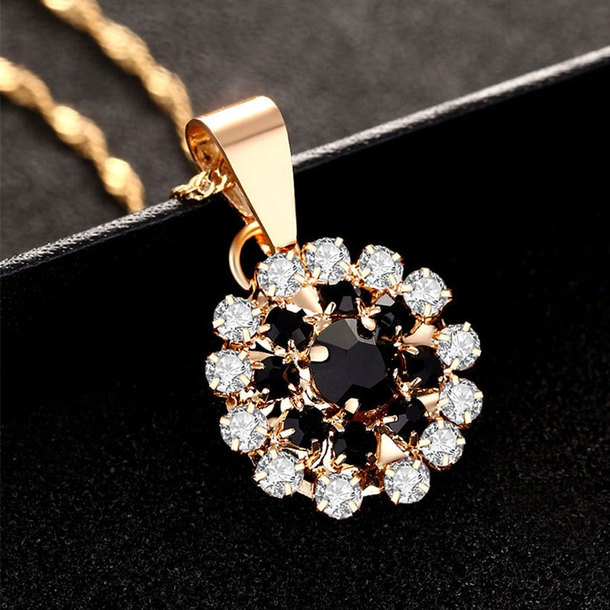 jewels necklaces for women