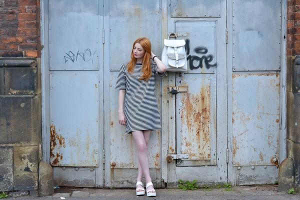 hannah louise fashion blogger bag shoes