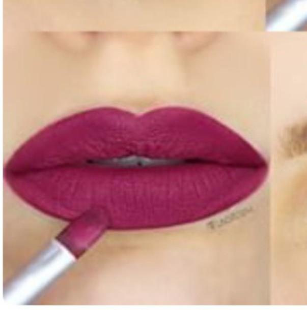 Make-up: pink berry, purple berry, pink, pink lipstick - Wheretoget