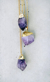 jewels,stone,purple,gold chain,raw stone,crystal,colorful
