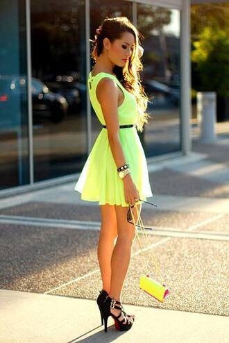 dress shoes flowy neon cute short braclets high heels clutch spring outfits yellow yellow dress summer dress summer outfits nice bautiful lovely lovely dress