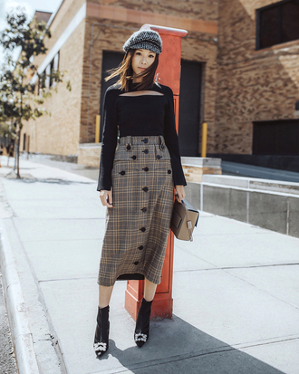 skirt hat fisherman cap tumblr midi skirt button up boots black boots top black top