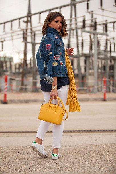 lovely pepa blogger denim jacket cropped pants white pants knitted scarf yellow bag stan smith