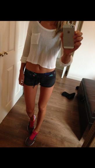 white cardigan shorts short shorts sportswear nike running shoes nike free run fitness white crop tops