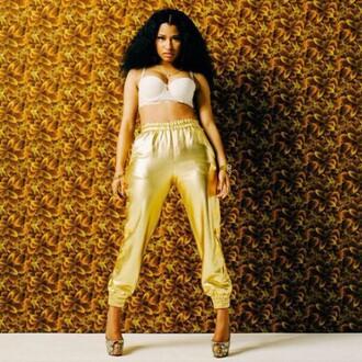 top white gold bralette nicki minaj nicki beautiful swag dope pretty girl heels chain necklace curly hair hair big lovely cute