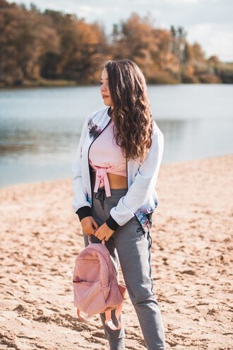 kolorowa dusza blogger jacket top shoes fall outfits bomber jacket crop tops pink top tie-front top backpack grey pants