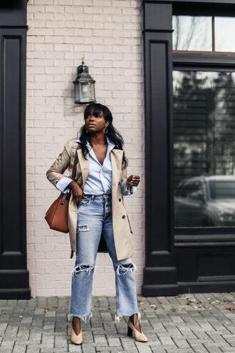 millennielle blogger coat jeans shirt shoes bag blue shirt trench coat pumps fall outfits