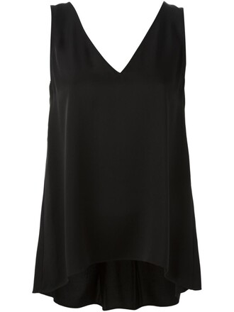 top pleated back black