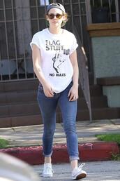 t-shirt,kristen stewart,jeans